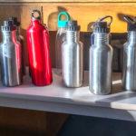 Foto von Trinkflaschen